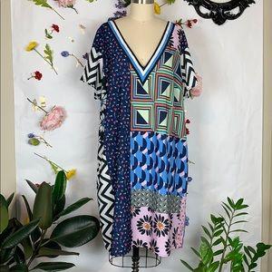 Eloquii v neck patch print short sleeve dress